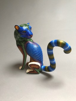 Ocelote carved and painted wood