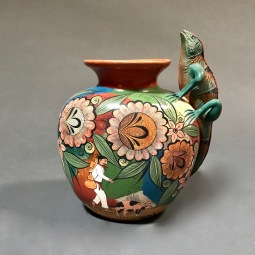 Iguana Ceramics Vase